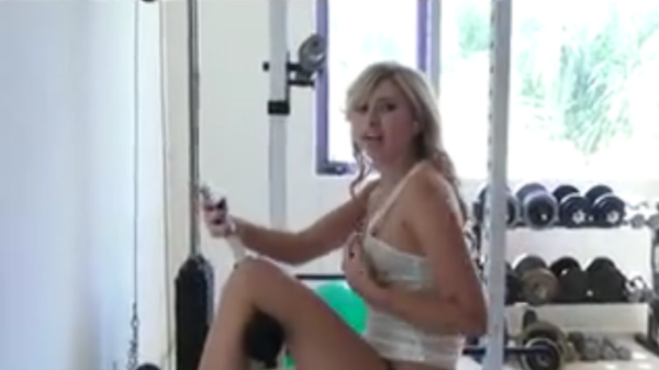 Workout blonde in the gym ended with wild sex foto